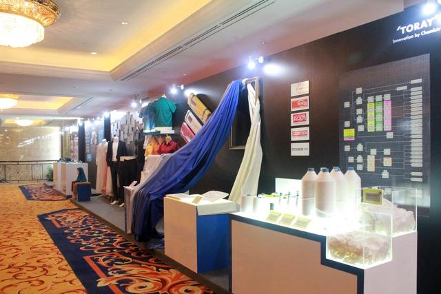 Stand Textile di TORAY 40 Anniversary